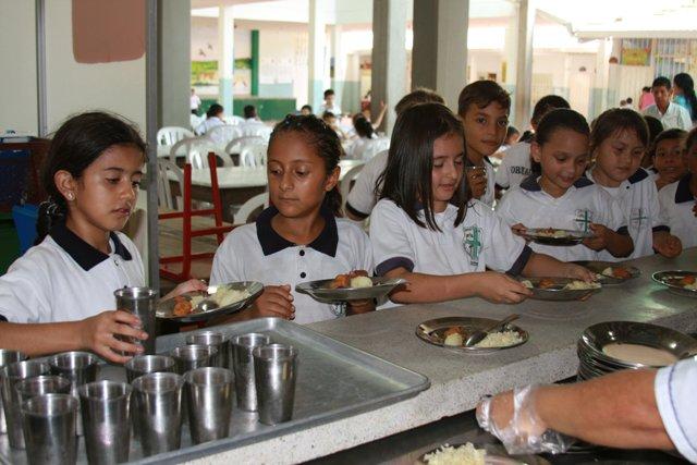 Inició alimentación escolar en el Huila