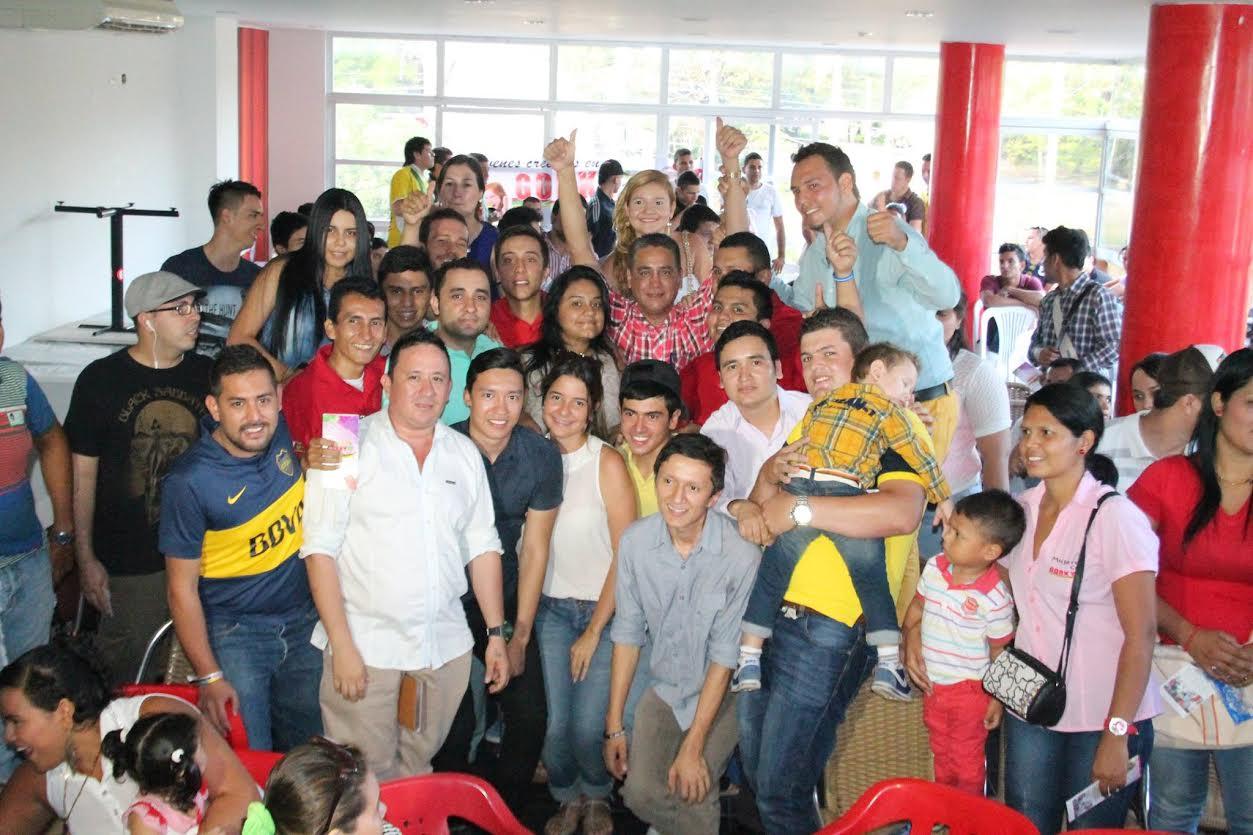 Apoyo de jóvenes a Gorky Muñoz