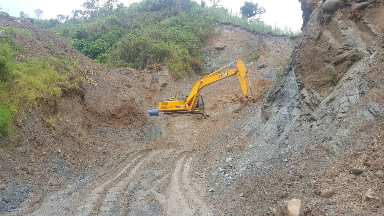 Decomisan maquinaria en operativos contra delitos ambientales en Huila