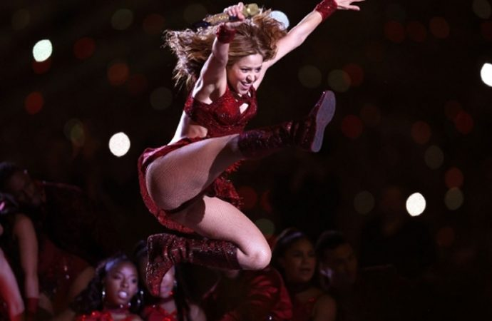 Marca Mattel fabricará una Barbie de Shakira