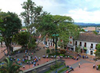 Pico y Cédula para salir a mercar y restricción vehícular en Pitalito