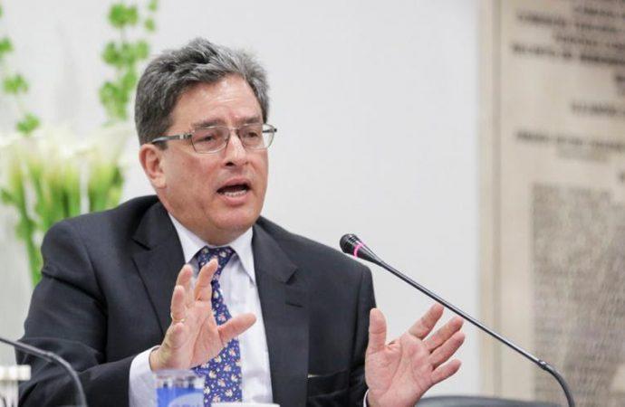 Habrá más impuestos para reactivación según el ministro de Hacienda