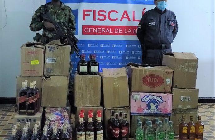 Incautan 256 botellas de licor de contrabando