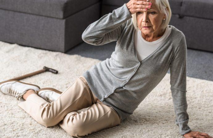 Cinco recomendaciones para prevenir caídas en casa