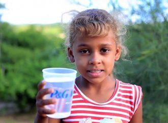 """Más de 15 millones de litros de agua fueron entregados durante la pandemia por """"Agua limpia para los Niños"""""""
