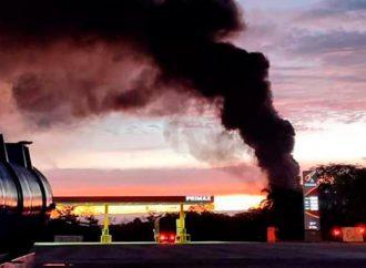 Atentado genera incendio en oleoducto en Barrancabermeja